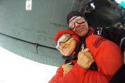 Majka poginulog padobranca skočila padobranom u 80-toj